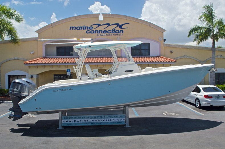 New 2017 Cobia 296 Center Console boat for sale in Vero Beach, FL