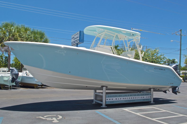 Thumbnail 3 for New 2017 Cobia 296 Center Console boat for sale in Vero Beach, FL