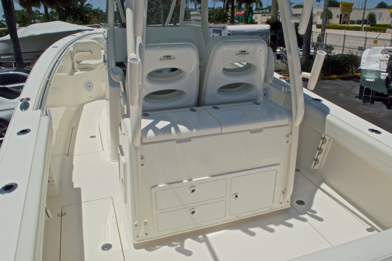 Thumbnail 11 for New 2017 Cobia 296 Center Console boat for sale in Vero Beach, FL