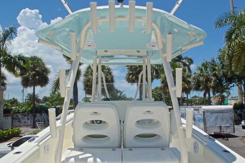Thumbnail 31 for New 2017 Cobia 296 Center Console boat for sale in Vero Beach, FL