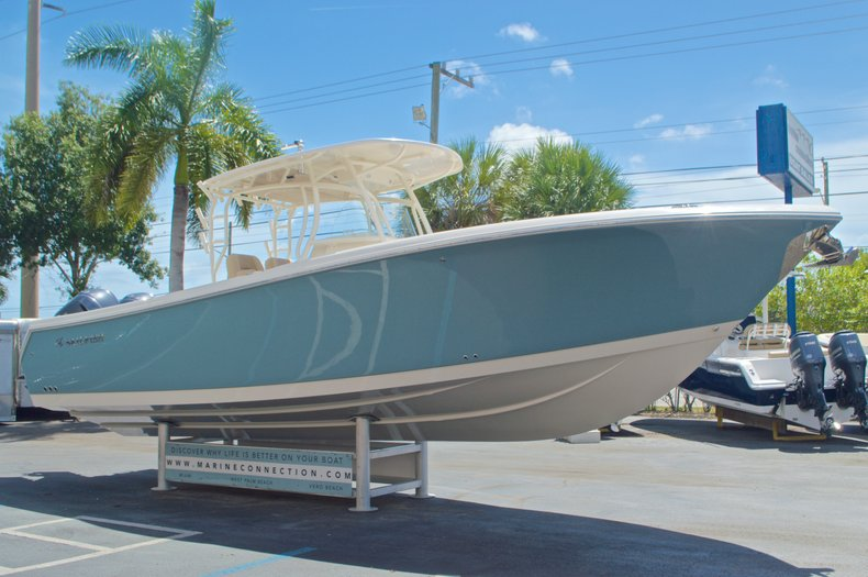 Thumbnail 5 for New 2017 Sailfish 320 CC Center Console boat for sale in Vero Beach, FL