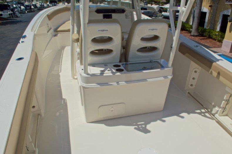 Thumbnail 11 for New 2017 Sailfish 320 CC Center Console boat for sale in Vero Beach, FL