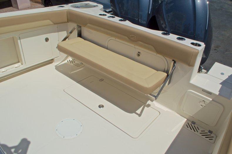Thumbnail 12 for New 2017 Sailfish 320 CC Center Console boat for sale in Vero Beach, FL