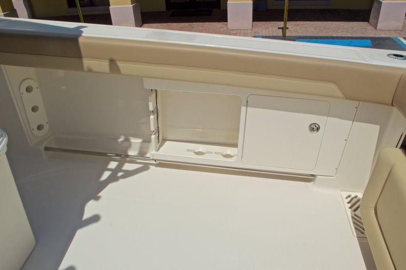 Thumbnail 21 for New 2017 Sailfish 320 CC Center Console boat for sale in Vero Beach, FL