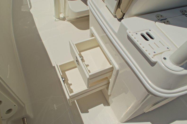 Thumbnail 30 for New 2017 Sailfish 320 CC Center Console boat for sale in Vero Beach, FL