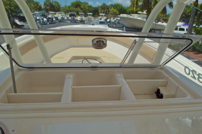 Thumbnail 39 for New 2017 Sailfish 320 CC Center Console boat for sale in Vero Beach, FL