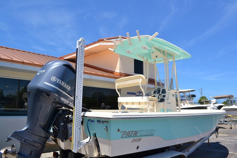 Thumbnail 6 for Used 2015 Pathfinder 2400 TRS Bay Boat boat for sale in Vero Beach, FL