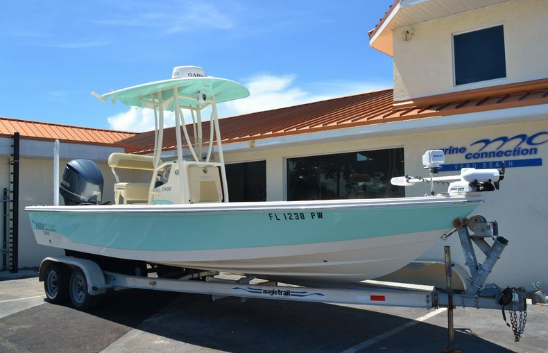 Thumbnail 1 for Used 2015 Pathfinder 2400 TRS Bay Boat boat for sale in Vero Beach, FL