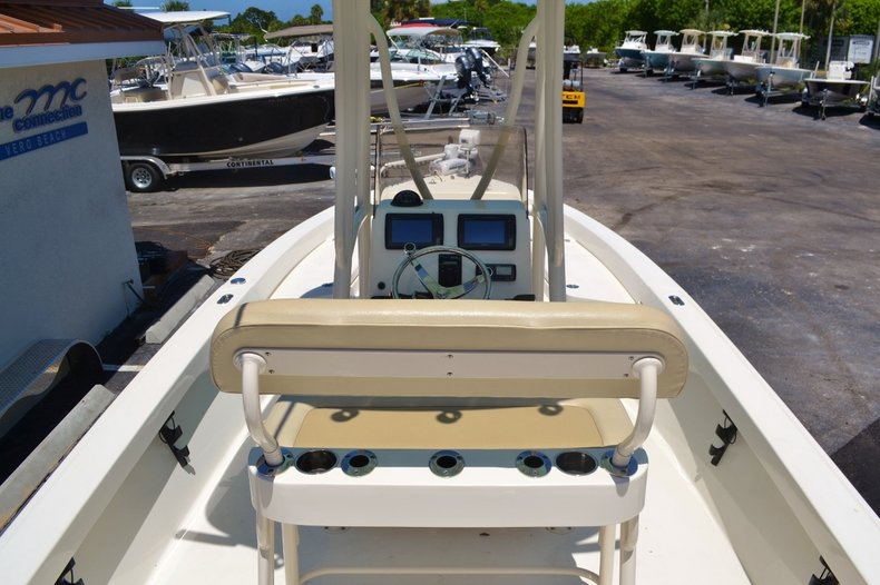Thumbnail 10 for Used 2015 Pathfinder 2400 TRS Bay Boat boat for sale in Vero Beach, FL