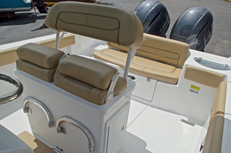 Thumbnail 28 for New 2017 Sportsman Heritage 251 Center Console boat for sale in Vero Beach, FL