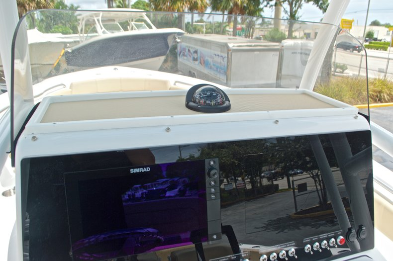 Thumbnail 31 for New 2017 Sportsman Heritage 251 Center Console boat for sale in Vero Beach, FL