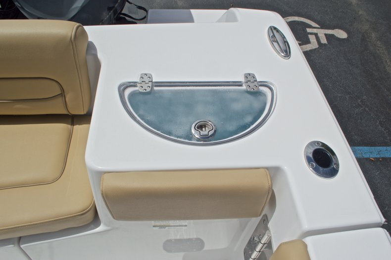 Thumbnail 16 for New 2017 Sportsman Heritage 251 Center Console boat for sale in Vero Beach, FL