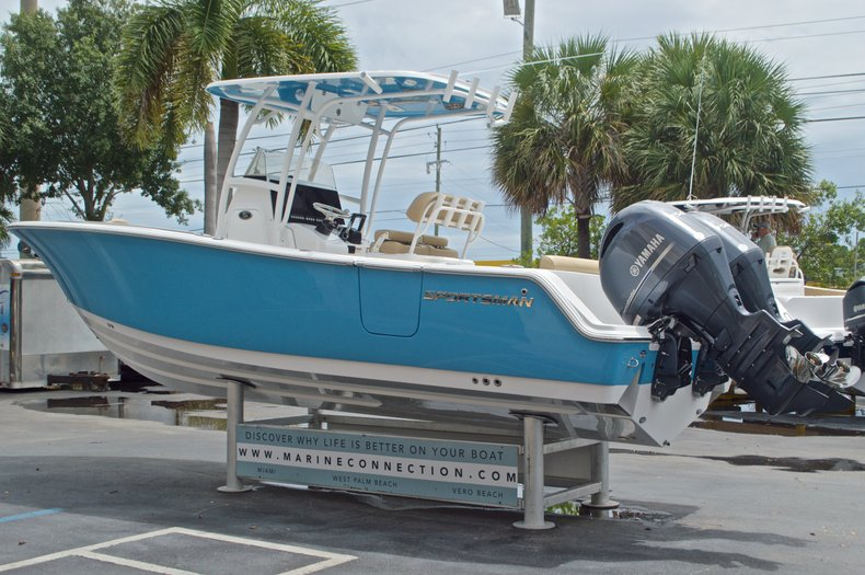 Thumbnail 5 for New 2017 Sportsman Heritage 251 Center Console boat for sale in Vero Beach, FL