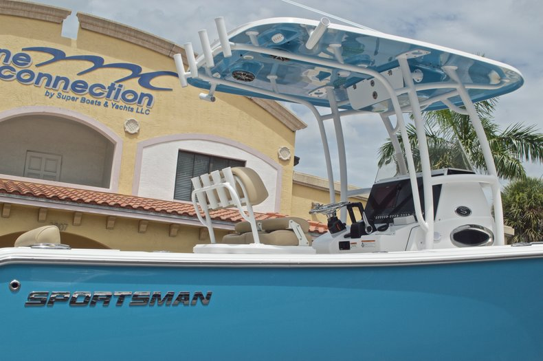 Thumbnail 8 for New 2017 Sportsman Heritage 251 Center Console boat for sale in Vero Beach, FL
