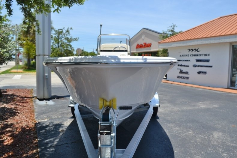 Thumbnail 2 for New 2017 Sportsman 17 Island Reef boat for sale in West Palm Beach, FL