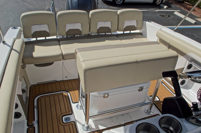 Thumbnail 11 for New 2017 Hurricane CC21 Center Console boat for sale in Vero Beach, FL