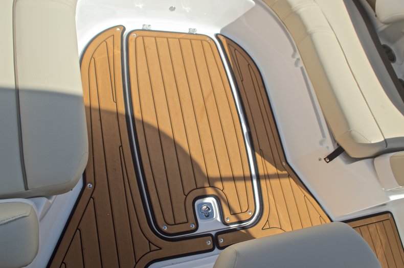 Thumbnail 46 for New 2017 Hurricane CC21 Center Console boat for sale in Vero Beach, FL