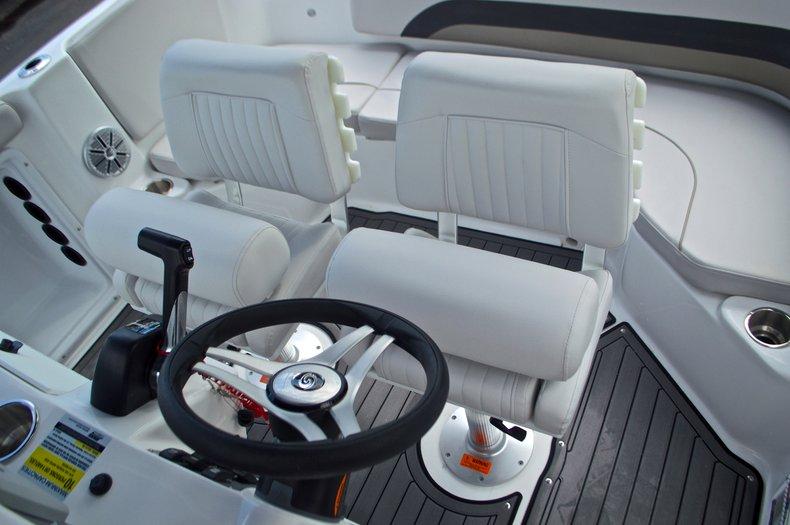 Thumbnail 22 for New 2017 Hurricane SunDeck Sport SS 211 OB boat for sale in Vero Beach, FL
