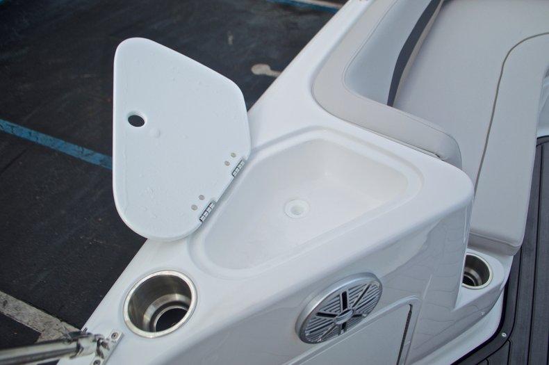 Thumbnail 39 for New 2017 Hurricane SunDeck Sport SS 211 OB boat for sale in Vero Beach, FL