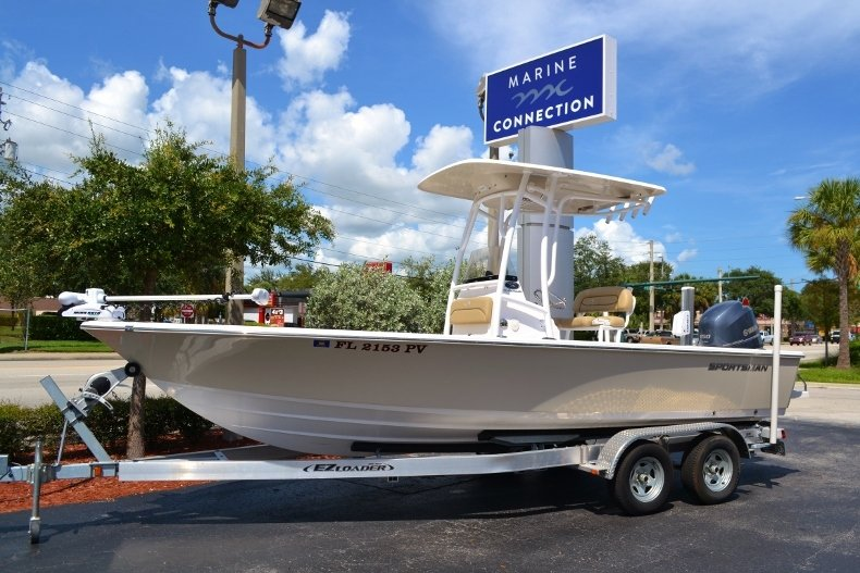 Thumbnail 0 for Used 2014 Sportsman Masters 227 Bay Boat boat for sale in Vero Beach, FL