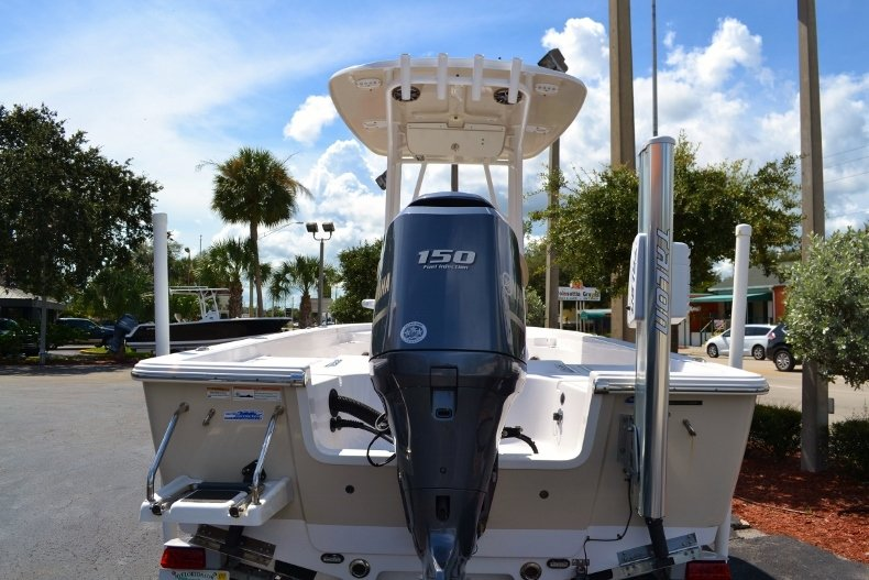 Thumbnail 4 for Used 2014 Sportsman Masters 227 Bay Boat boat for sale in Vero Beach, FL