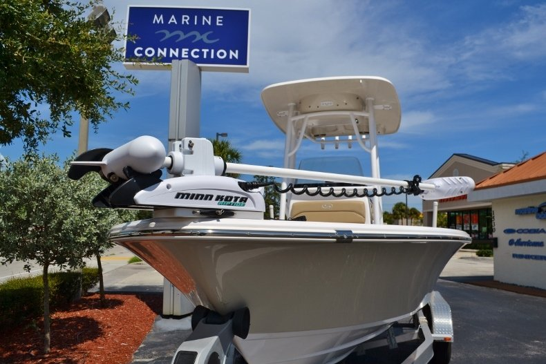 Thumbnail 25 for Used 2014 Sportsman Masters 227 Bay Boat boat for sale in Vero Beach, FL