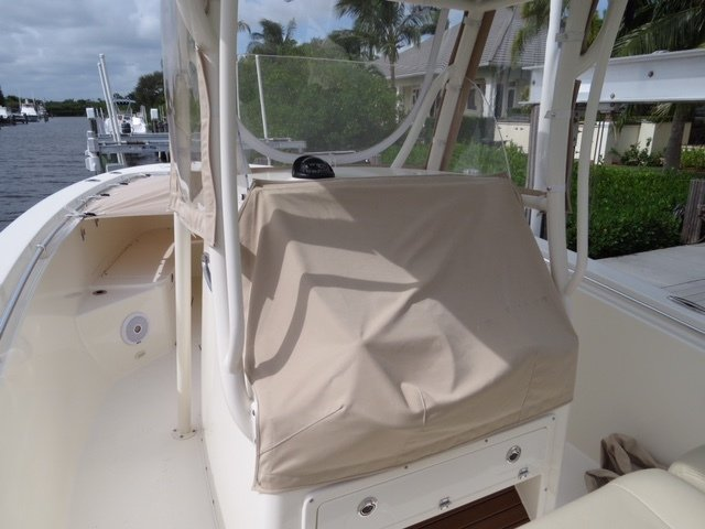 Thumbnail 12 for Used 2016 Cobia 277 Center Console boat for sale in Vero Beach, FL