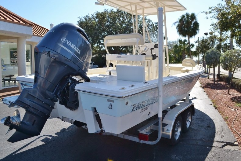 Thumbnail 5 for New 2017 Pathfinder 2200 TRS Bay Boat boat for sale in Vero Beach, FL