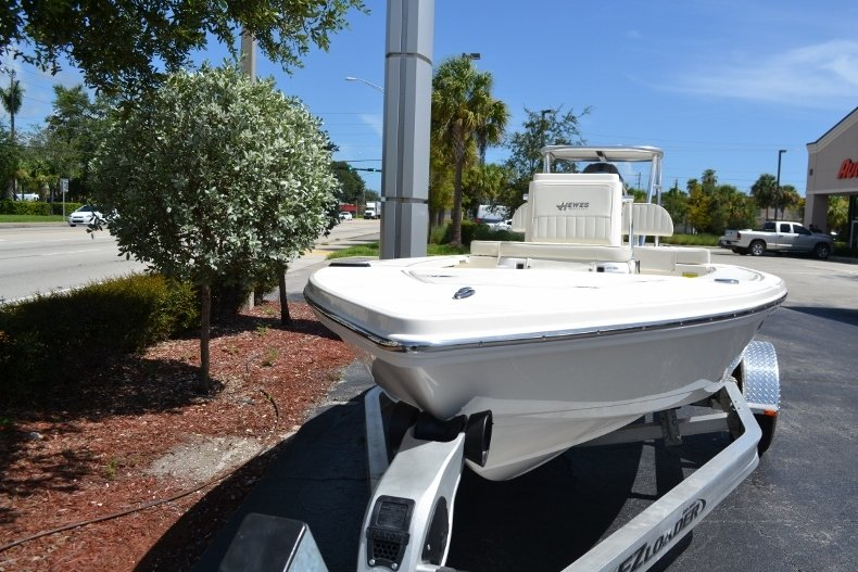 Thumbnail 2 for New 2018 Hewes 16 Redfisher boat for sale in Vero Beach, FL
