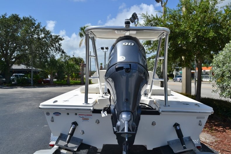 Thumbnail 4 for New 2018 Hewes 16 Redfisher boat for sale in Vero Beach, FL