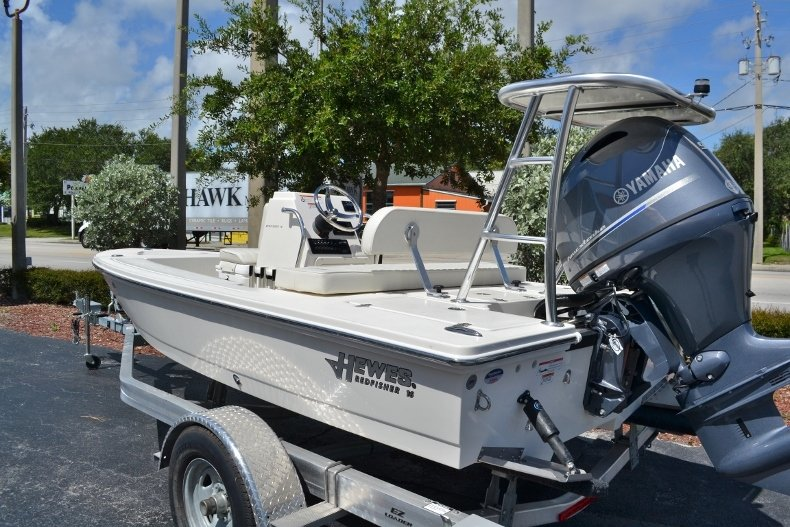 Thumbnail 3 for New 2018 Hewes 16 Redfisher boat for sale in Vero Beach, FL