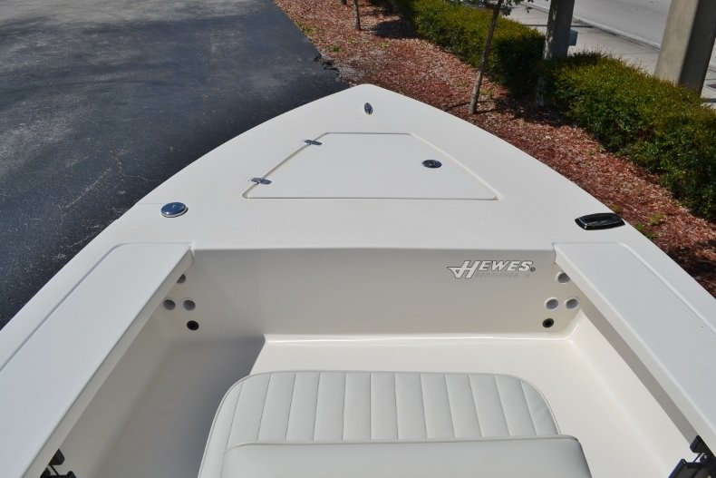 Thumbnail 11 for New 2018 Hewes 16 Redfisher boat for sale in Vero Beach, FL