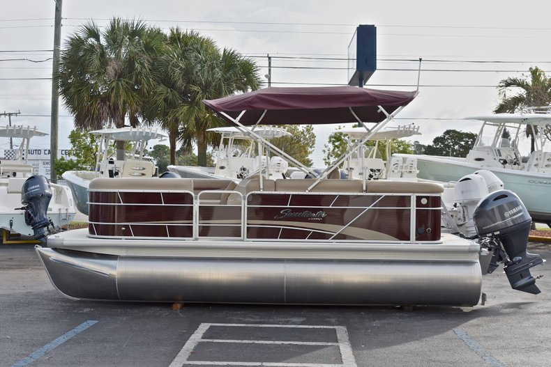 Thumbnail 4 for New 2018 Sweetwater 2086 Cruise boat for sale in Vero Beach, FL