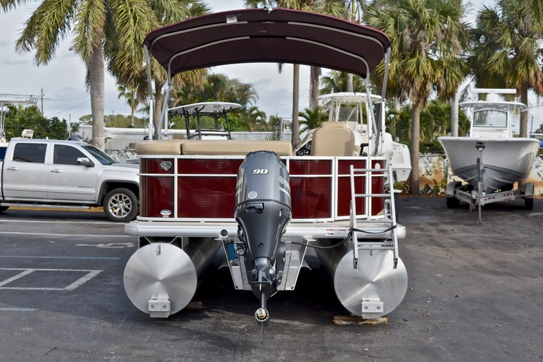 Thumbnail 6 for New 2018 Sweetwater 2086 Cruise boat for sale in Vero Beach, FL