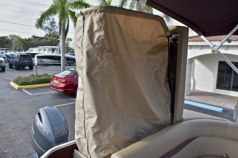 Thumbnail 14 for New 2018 Sweetwater 2086 Cruise boat for sale in Vero Beach, FL