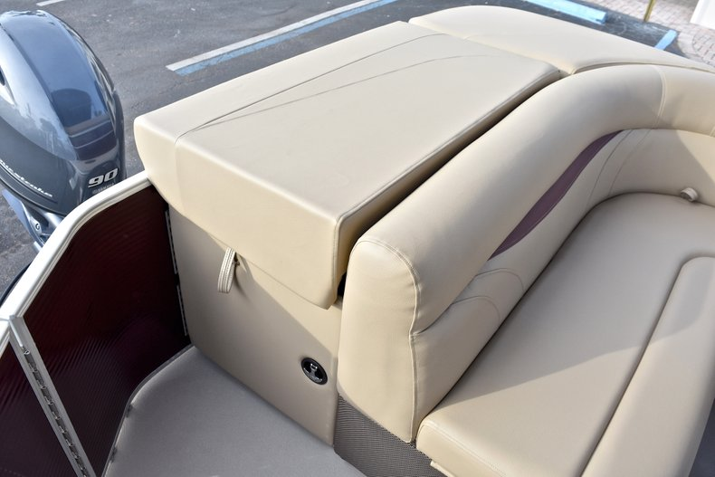 Thumbnail 12 for New 2018 Sweetwater 2086 Cruise boat for sale in Vero Beach, FL