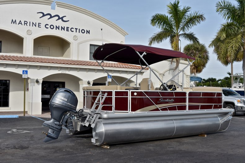 Thumbnail 7 for New 2018 Sweetwater 2086 Cruise boat for sale in Vero Beach, FL
