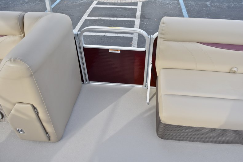 Thumbnail 32 for New 2018 Sweetwater 2086 Cruise boat for sale in Vero Beach, FL
