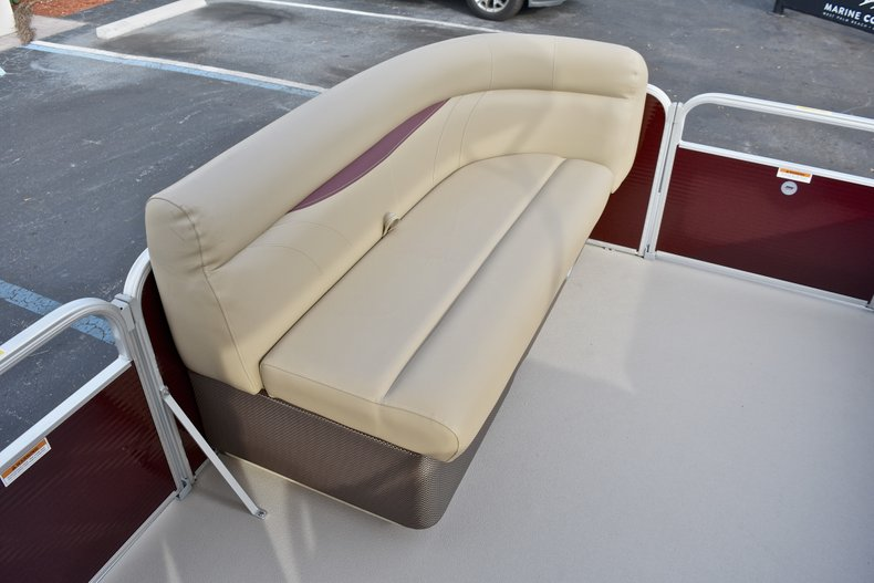 Thumbnail 34 for New 2018 Sweetwater 2086 Cruise boat for sale in Vero Beach, FL