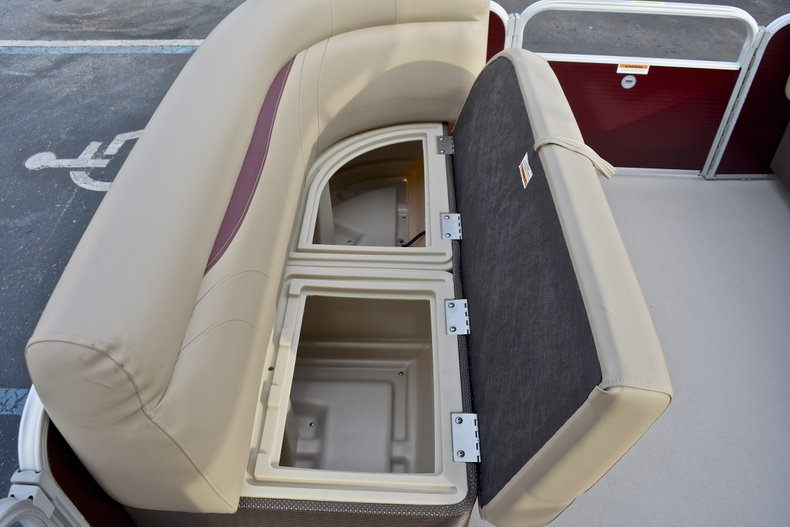 Thumbnail 35 for New 2018 Sweetwater 2086 Cruise boat for sale in Vero Beach, FL