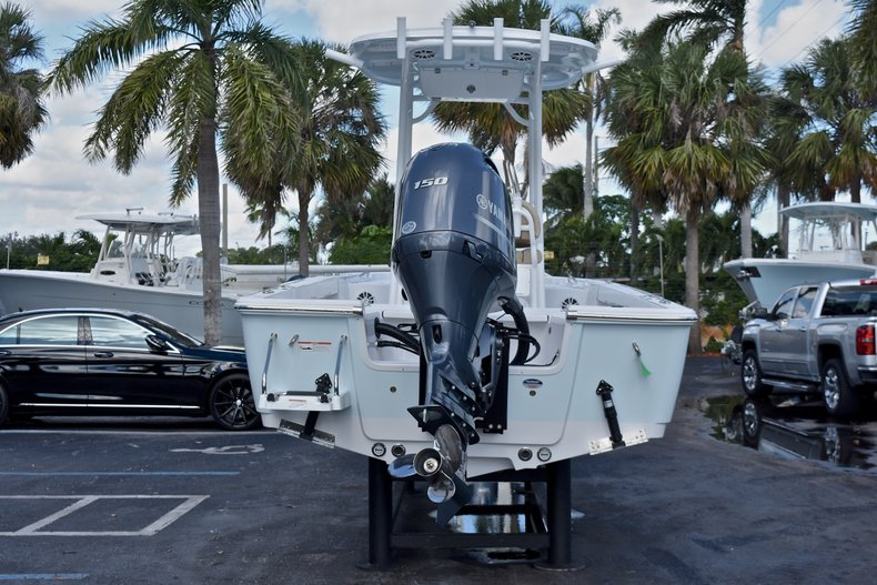 Thumbnail 6 for New 2018 Sportsman Masters 227 Bay Boat boat for sale in Vero Beach, FL