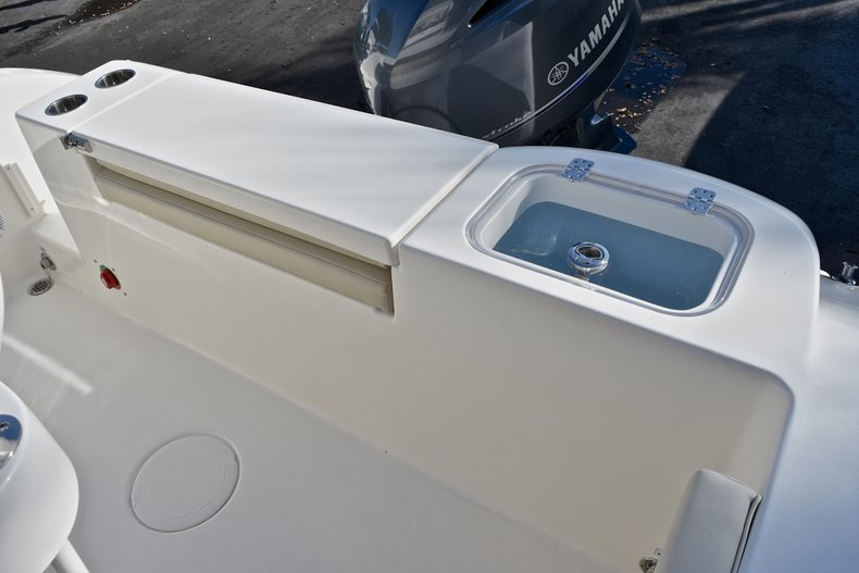 Thumbnail 11 for New 2018 Cobia 201 Center Console boat for sale in Vero Beach, FL