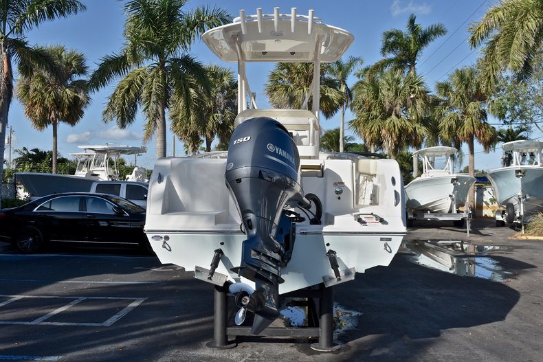 Thumbnail 7 for New 2018 Cobia 201 Center Console boat for sale in Vero Beach, FL