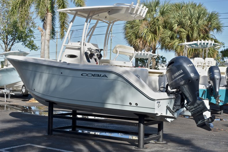Thumbnail 6 for New 2018 Cobia 201 Center Console boat for sale in Vero Beach, FL