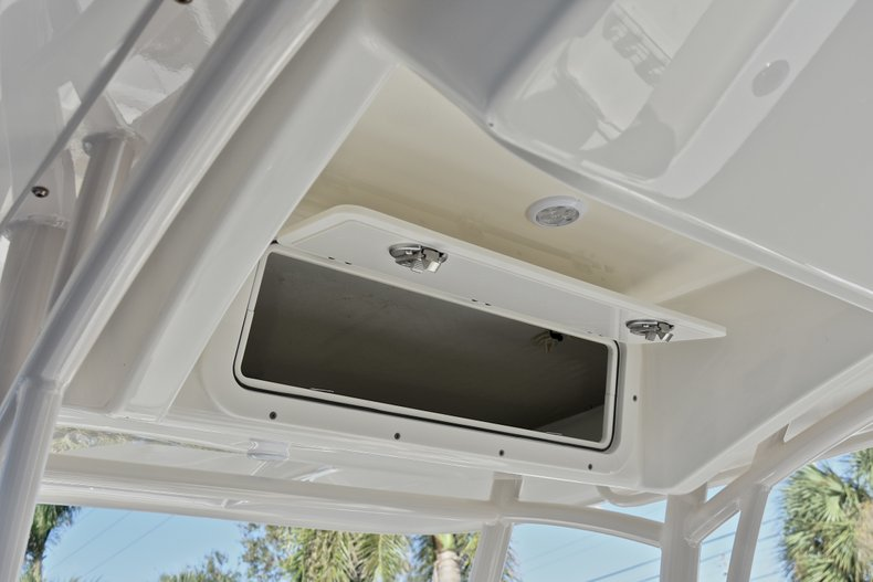 Thumbnail 26 for New 2018 Cobia 201 Center Console boat for sale in Vero Beach, FL