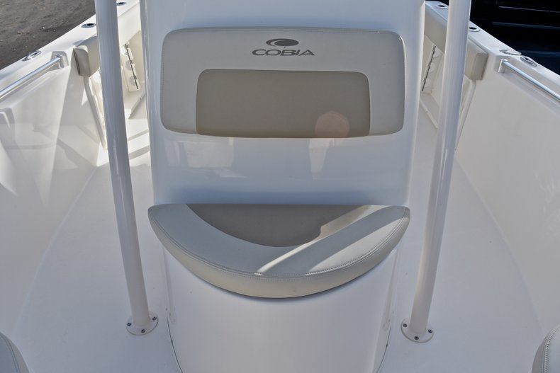 Thumbnail 39 for New 2018 Cobia 201 Center Console boat for sale in Vero Beach, FL