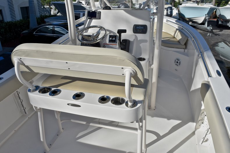 Thumbnail 10 for New 2018 Cobia 201 Center Console boat for sale in Vero Beach, FL