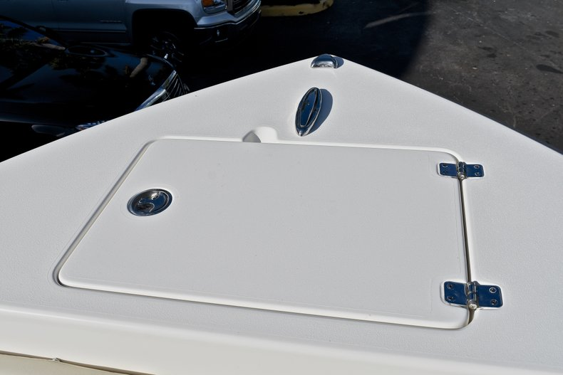 Thumbnail 45 for New 2018 Cobia 201 Center Console boat for sale in Vero Beach, FL