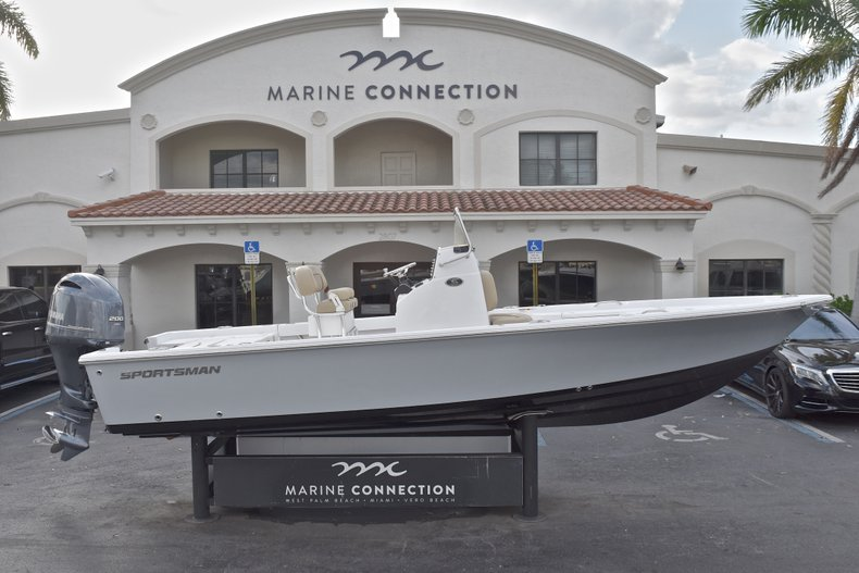 New 2018 Sportsman Masters 227 Bay Boat boat for sale in Vero Beach, FL