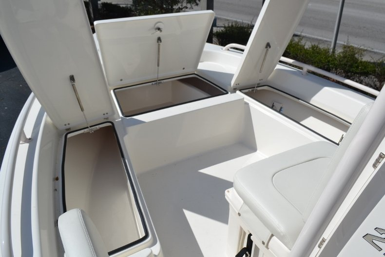 Thumbnail 20 for New 2018 Pathfinder 2200 TRS Bay Boat boat for sale in Vero Beach, FL